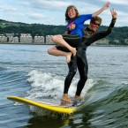 Tandem de surfeurs